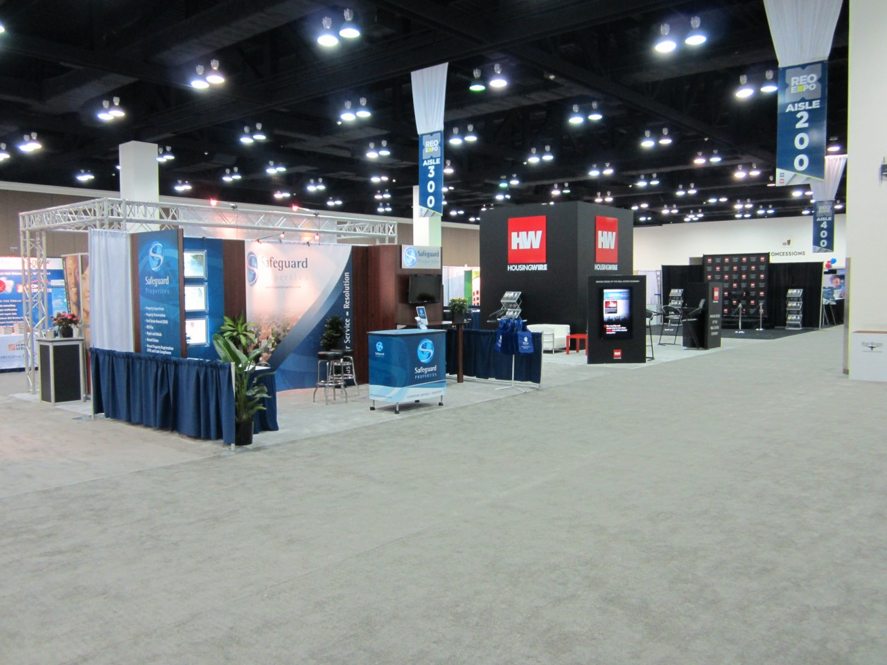 Design Stunning Exhibit Signage for Your Next Trade Show
